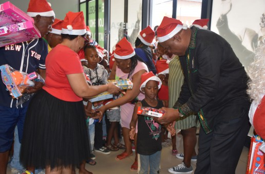 MEC WARMS HEARTS: